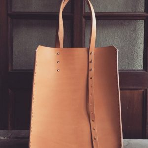 structured minimalist leather tote