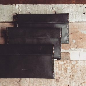 modern basic leather wallet